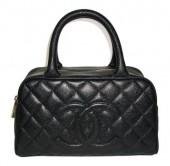 ◆美品◆シャネル 新作&送料込 キャビアスキン ミニボストン ハンドバッグ(ブラック)A20996