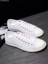 プラダ カジュアルシューズ 新作 新品同様超美品 通販&送料込 運動靴 男性用 PRA024