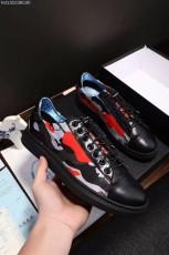 プラダ カジュアルシューズ 新作 新品同様超美品 通販&送料込 運動靴 男性用 PRA036