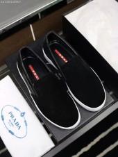 プラダ カジュアルシューズ 新作 新品同様超美品 通販&送料込 運動靴 男性用 PRA035