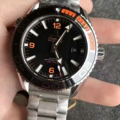 オメガ OMEGA シーマスター 600 プラネットオーシャン マスタークロノメーター Seamaster Professional 600 Planet Ocean Master Chronometer 215.90.44.21.99.001