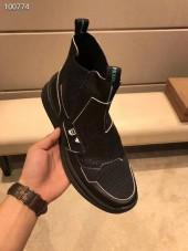 プラダ カジュアルシューズ 新作 本革 新品同様超美品 通販&送料込 運動靴 男性用 PRA043