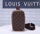 LOUISVUITTON ルイヴィトン 新品 モノグラム バッグ ポシェットガンジュ M51870
