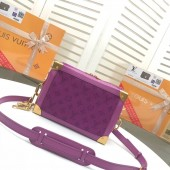 ◆ 2019 - 2020AW 新作 紫色 ◆ Louis Vuitton ソフトトランク M44723